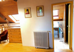 Accès salle de bain du dortoir du Gite du Menhir en Bretagne Sud